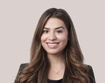Deborah Furtado - Law Student in  Montréal