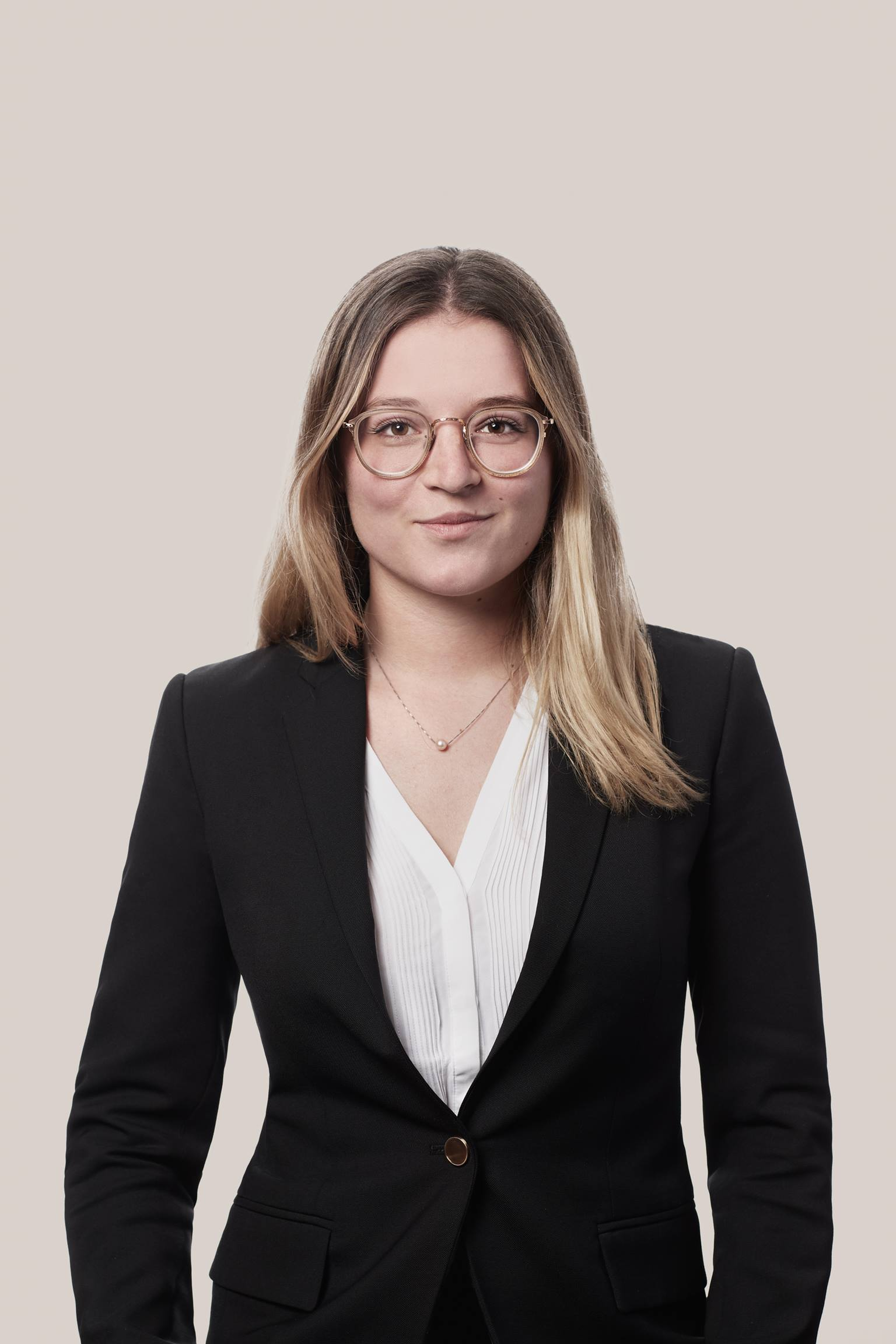 Marilou Simard | Summer Law Student in Montréal