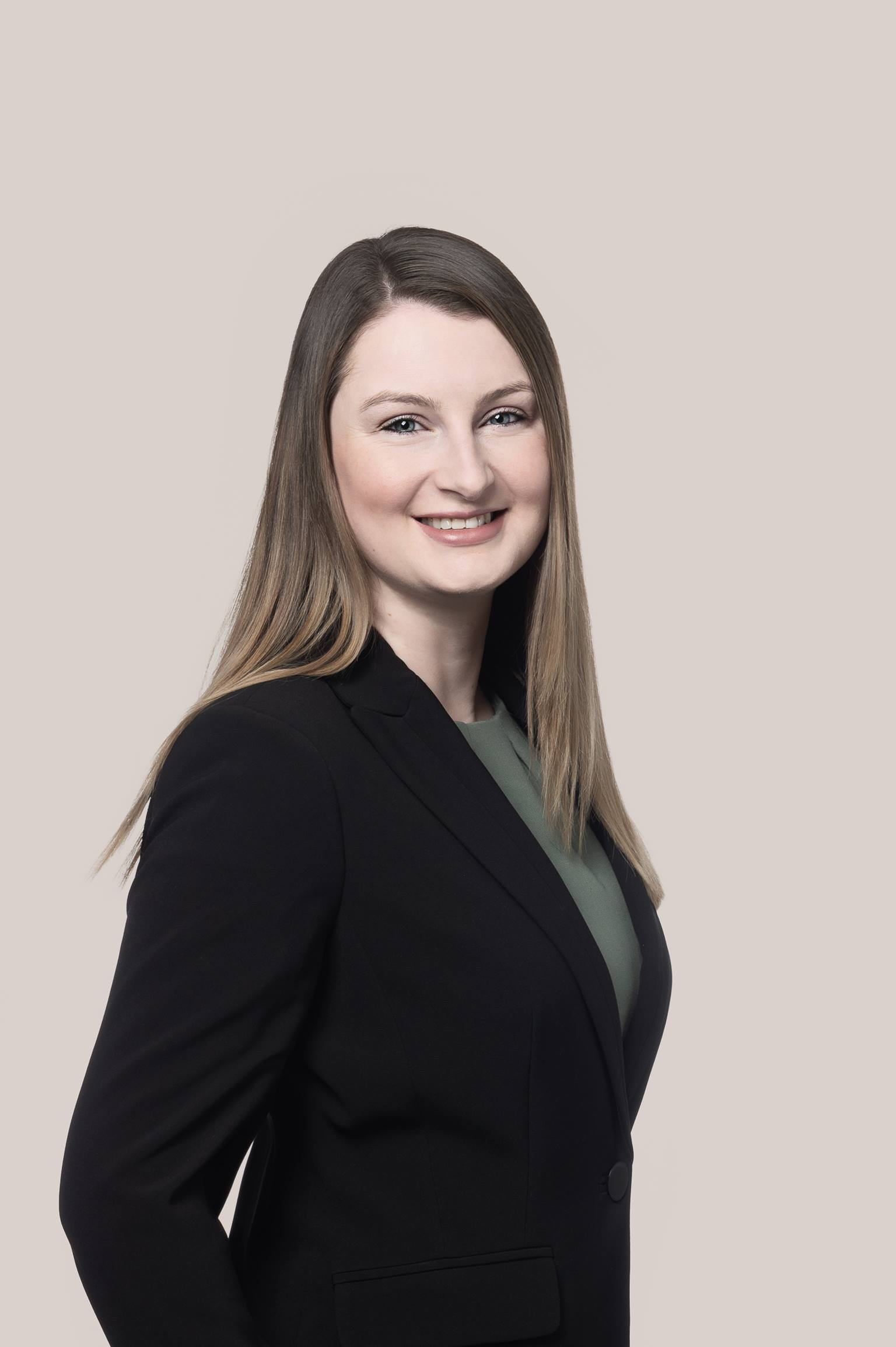 Kirsty Robertson - Vancouver Paralegal